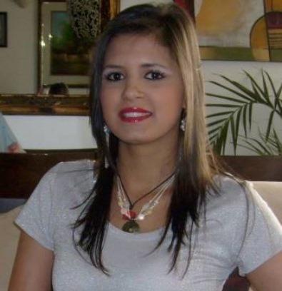 YAQUELINE ÁLVAREZ